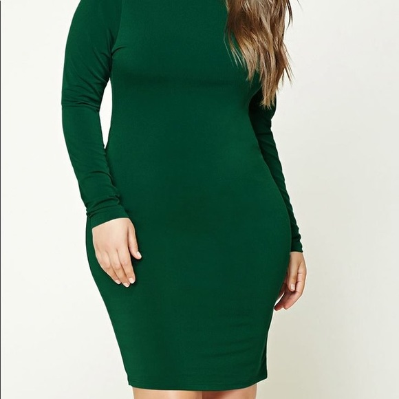 Plus size stretch-knit long sleeve bodycon dress